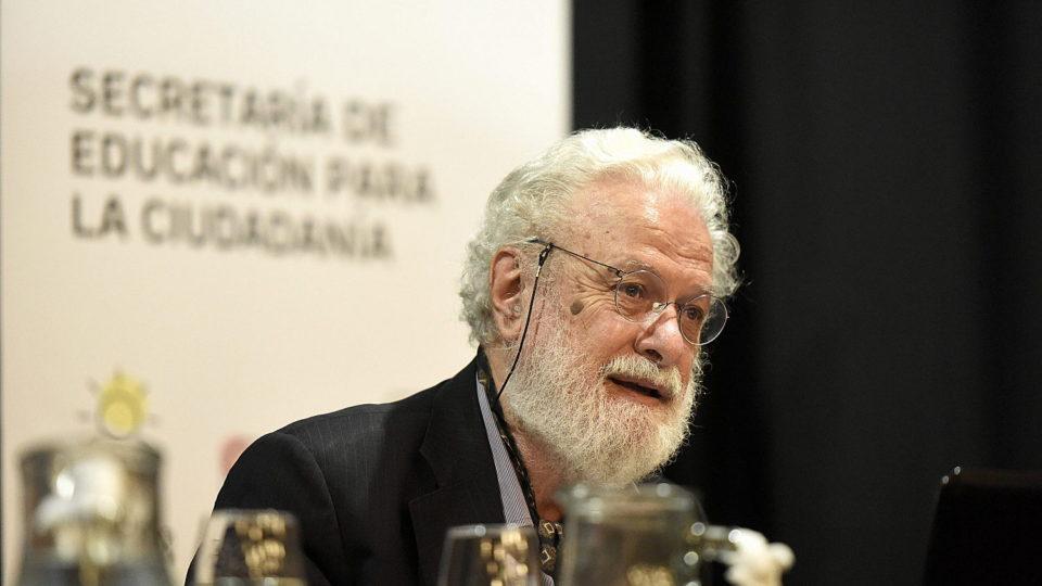 Conferencia y declaración visitante ilustre pedagogo Franceso Tonucci